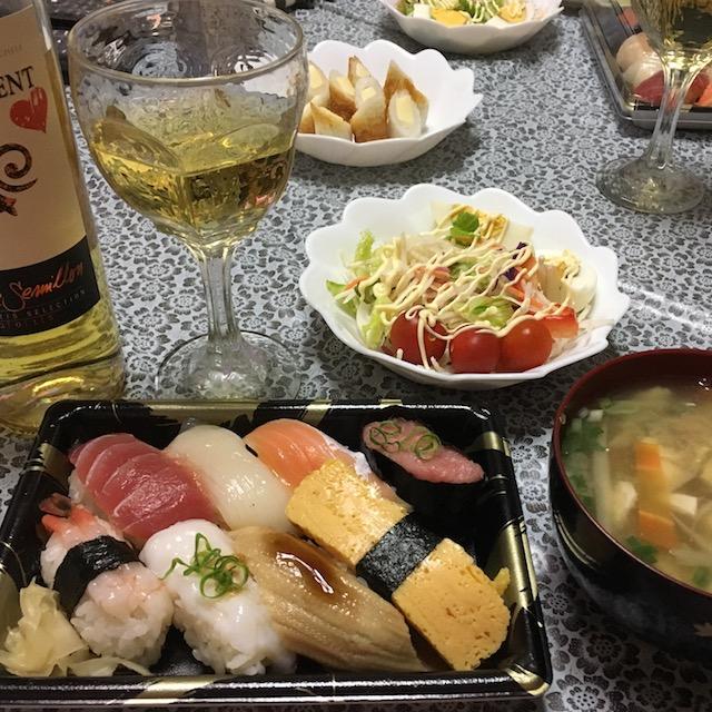 恒例の寿司