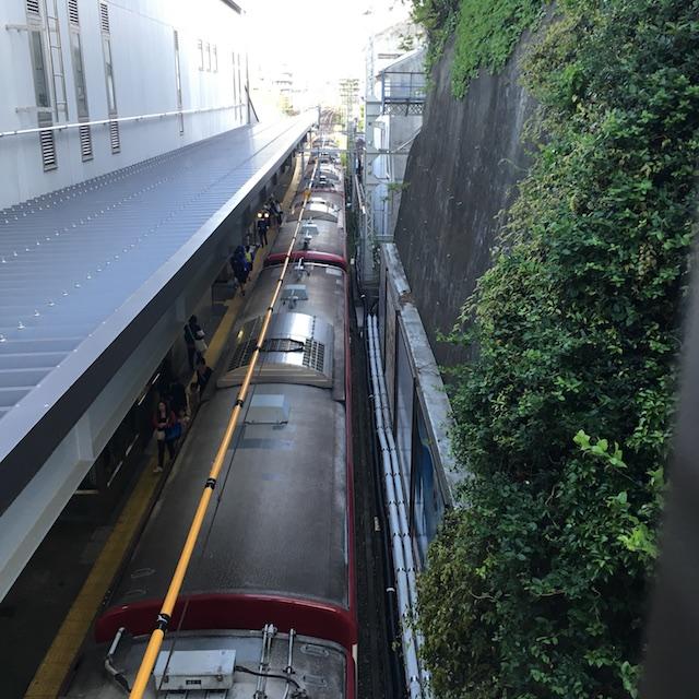 八景駅山側ホーム